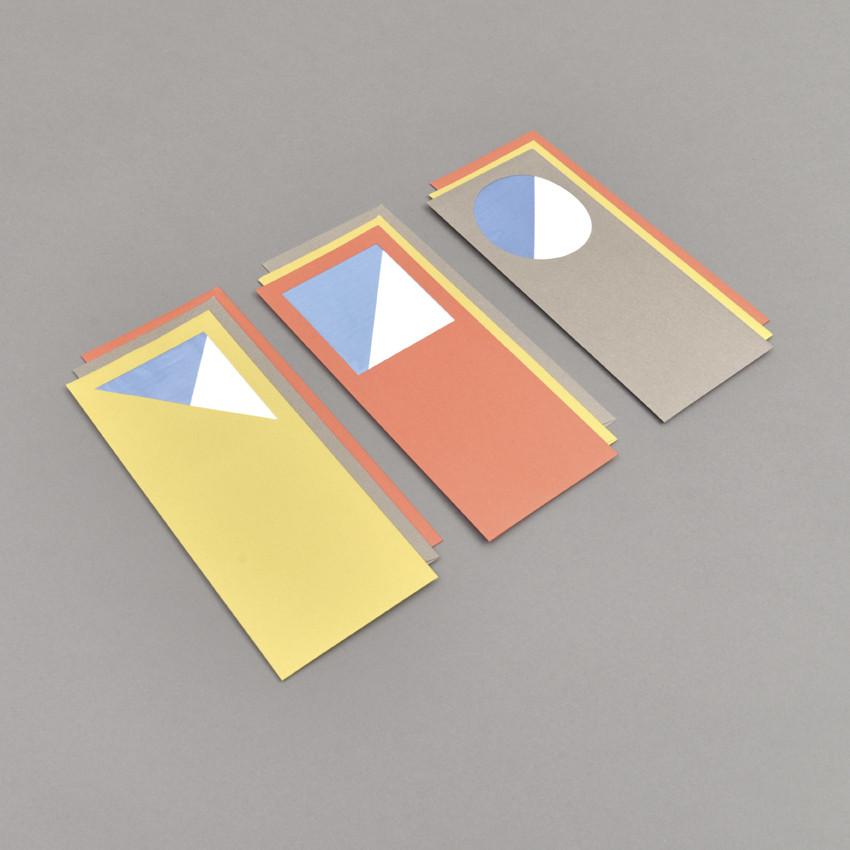 Farbige Couverts mit Fenster und Briefpapier