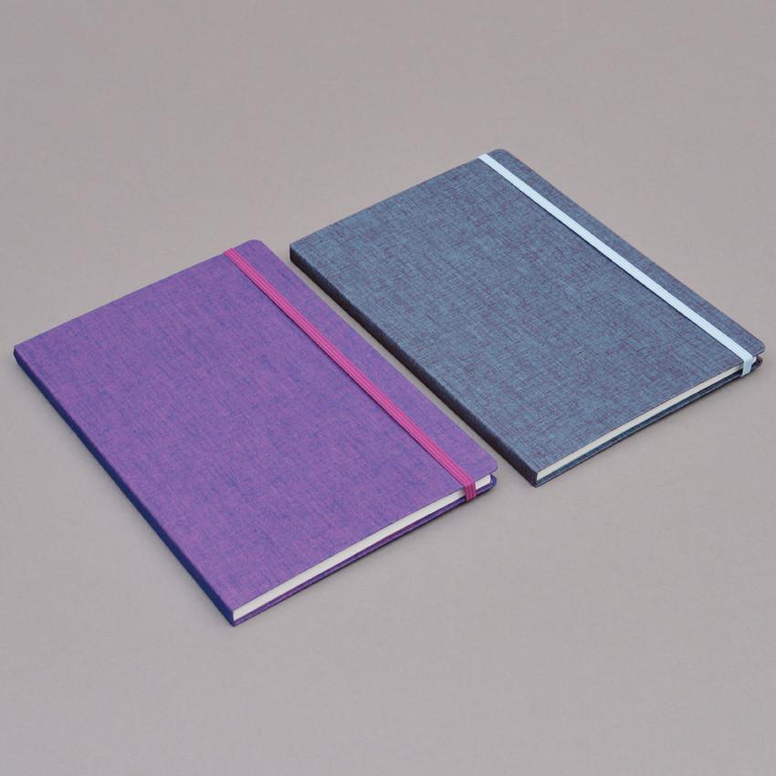Schlichte leinengebundene Notizbücher A5